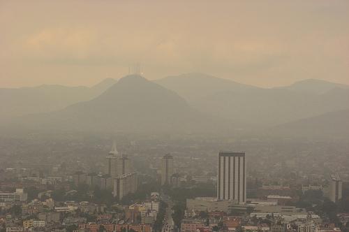Dunstglocke über Mexiko-Stadt / fotoreisebericht.de, flickr