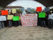 Familienangehörige aus Playa Vicente demonstrieren und fordern von der Regierung, dass die fünf jungen Leute, die in Tierra Blanca entführt wurden, lebend fwieder auftauchen. Foto vom 14. Januar 2016, Cuarto Oscuro